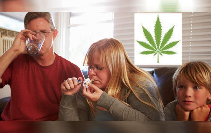 Топ знаменитостей с детьми, которые курят марихуану