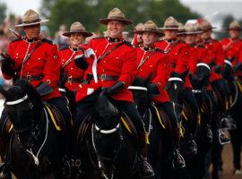 Полицейским в Канаде разрешили каннабис