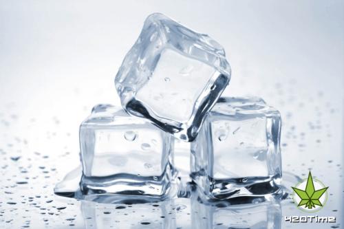 Лёд в бонге